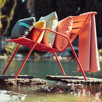 Contemporary Outdoor Furniture In Barnes London Barbed
