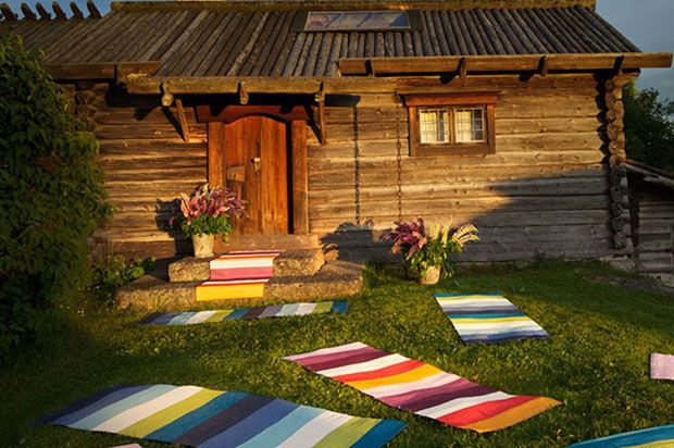 Barbed is proud to stock Pappelina outdoor garden rugs