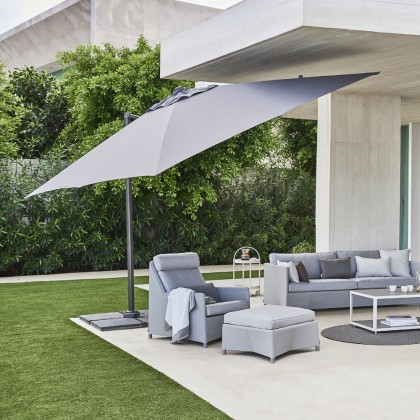 Hyde Luxe Hanging Parasol 3X4m Incl Base