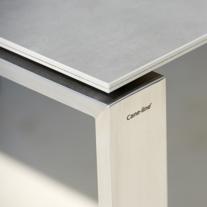 Edge Extending Table