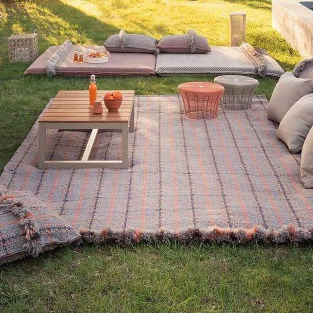 Garden Layers Outdoor Rug
