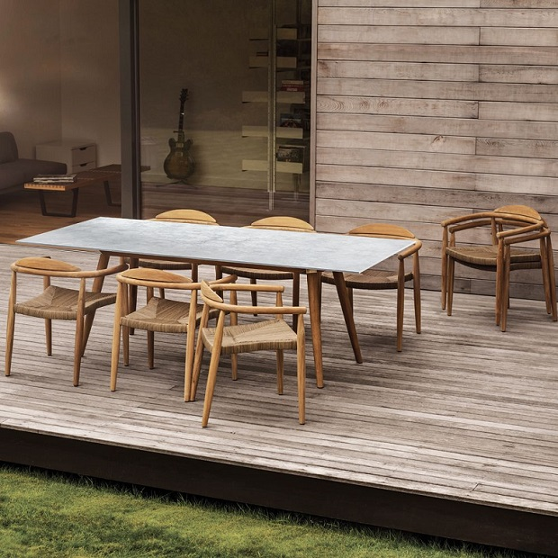 Dansk dining table by Gloster